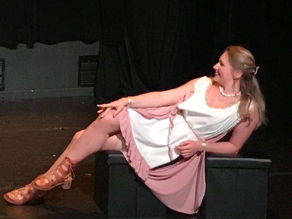 theatre-angelique-comedienne